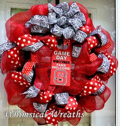 NC State Mesh Wreath