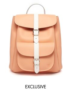 Grafea+Exclusive+Leather+Backpack+in+Peach+with+White+Contrast+Strap