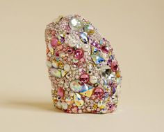 """lostinfiber: """" The Six Pound Weight in the Pit of my Stomach, Robin Cameron """" Vanitas, Sculpture Art, Sculptures, Bijou Box, Fade Color, All That Glitters, Looks Cool, Stone Painting, Rock Painting"""