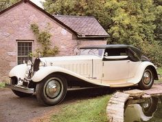 """doyoulikevintage: """"Bugatti """" Copied directly from Wikipedia…. 41121 - Cabriolet Weinberger[edit] Chassis Bugatti Type 41 Royale 'Weinberger Cabriolet' 1931 The third car is chassis Known as the Cabriolet Weinberger Sold in 1932 to. Bugatti Royale, Classic Motors, Classic Cars, Vintage Cars, Antique Cars, Bugatti Cars, Bugatti Chiron, Car Manufacturers, Maserati"""