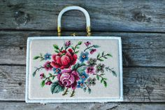 Vintage 50/60s Floral Needlepoint Wicker Purse