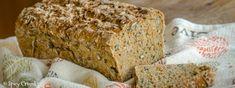 Celozrnný chléb se semínky a mrkví - Spicy Crumbs Pan Integral, Banana Bread, Spicy, Food And Drink, Vegan, Homemade, Oil, Water