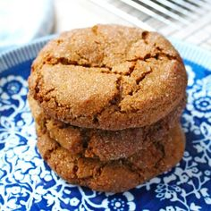 Full of warming autumnal flavours, these hearty cookies are the perfect way to transition in to the new season.