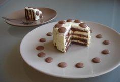 Karamellás, mini fehércsokoládé torta recept képpel. Hozzávalók és az elkészítés részletes leírása. A karamellás, mini fehércsokoládé torta elkészítési ideje: 80 perc