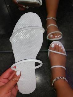 Pretty Sandals, Beautiful Sandals, Cute Sandals, Fashion Slippers, Fashion Sandals, Bling Sandals, Shoes Sandals, Flats, Cute Slippers