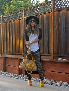 Camo pants and white tee! #fashion #streetstyle