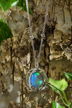 Oh the beauty of colorful #opals!