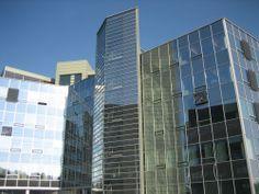 Helsingin toimistomme kylpee kevätauringossa. Wwe, Skyscraper, Career, Multi Story Building, Train, People, Products, Skyscrapers, Carrera