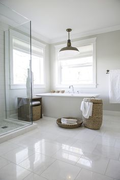 Awesome Nice 47 Stylish White Subway Tile Bathroom Ideas For Your Reference