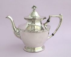 Vintage silver plated teapot with black bakelite and decorative features, Birmingham Silver Co, United States, mid century by CardCurios on Etsy Vintage High Tea, Vintage Silver, Home Decor Items, Birmingham, Teapot, Silver Plate, United States, Sterling Silver, Unique Jewelry