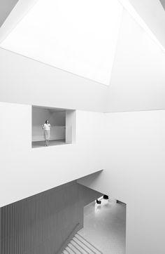 https://flic.kr/p/x66trd | Szczecin Philharmonic Hall | Filharmonia Szczecińska - Szczecin Philharmonic Hall    Architects:  Estudio Barozzi Veiga Location: Szczecin, Poland Built: 2011-2015 Total area: 13000.0 sqm Awards: Mies van der Rohe Award 2015    #miesvanderrohe #architecture #modern