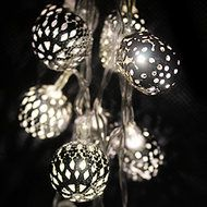 CHAIN BATTERY MAROQ 20 intricately designed metal balls each lit by an LED  Length - 2.9m total of which 1.9m is illuminated  Power source - 3 x AA batteries (not included)