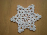 Easy to make Snowflake/ Star ~ free pattern ᛡ
