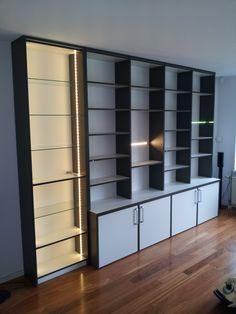Moderne boekenkast op pinterest moderne salontafels 50er jaren ontwerp en 50er jaren bureau - Moderne boekenkast ...