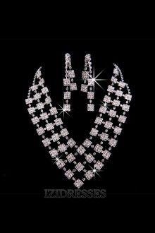 Gorgeous Alloy With Rhinestone Jewelry Sets izipj622