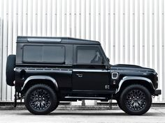 Land-Rover-Defender-Harris-Tweed-Edition-by-Kahn-Design-4