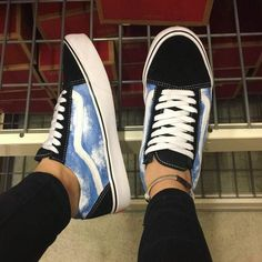 schuhe hand painted these guys a short time in the past. : Vans 5 Steps To Excellent Hair Your hair Custom Vans Shoes, Mens Vans Shoes, Custom Painted Shoes, Painted Vans, Vans Men, Hand Painted Shoes, Vans Customisées, Tenis Vans, Vans Logo