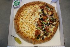 Papa John's website is under maintenance and not available at the moment. Favourite Pizza, Tasty, Yummy Food, Vegan Pizza, Food Cravings, I Love Food, Junk Food, Delish, Food Porn