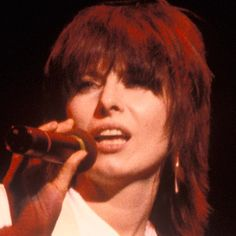 Chrissie Hynde - Animal Rights Activist, Guitarist, Songwriter . Rock Band Photos, Rock Bands, Jim Kerr, Chrissie Hynde, Punk Rock Girls, Virgo Women, The Pretenders, Rock Artists, Music Film