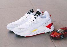 Faut-il acheter la Puma SF RS X blanche Trophy Ferrari White ? Reebook Shoes, Pumas Shoes, Shoes Sneakers, Dress Shoes, Sneakers Fashion, Fashion Shoes, Mens Fashion, Puma Suede, Baskets Nike