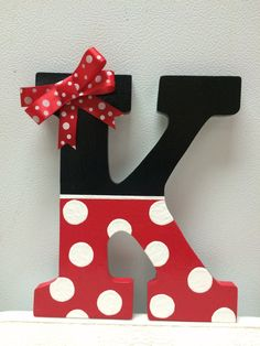 I would do an R for Reese and an M for Madden // Minnie Mouse Hand Painted Wooden Letter by CrafteeThings on Etsy Painting Wooden Letters, Diy Letters, Letter A Crafts, Wood Letters, Chevron Painted Letters, Decorating Wooden Letters, Wooden Alphabet, Alphabet Letters, Disney Diy