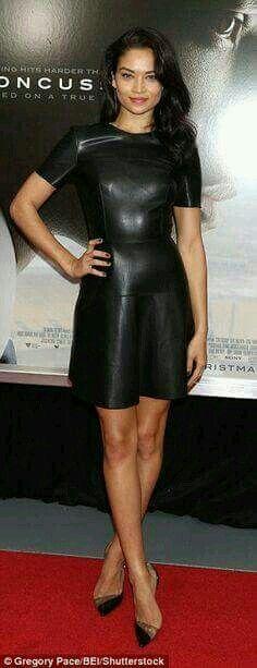 Shanina Shaik Leather Dress - Shanina Shaik rocked a black leather skater dress at the New York premiere of 'Concussion.'