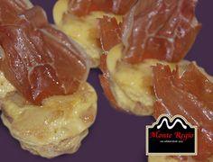 Llegó la hora del aperitivo: Tortilla de patata y jamón serrano #MonteRegio ¡Al ataque!
