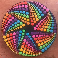 Easy Paint Rock For Try at Home (Stone Art & Rock Painting Ideas) Rock Painting Patterns, Dot Art Painting, Rock Painting Designs, Mandala Painting, Pebble Painting, Pebble Art, Stone Painting, Rainbow Painting, Painting Tools