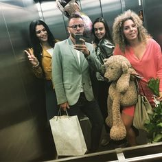 In the right place with the right people ain't that the goal of life?  #riadnytyden #zilina #sk #slovakia #vedhej #girls #blonde #brunette #3girls1fox #birthday #boy #czech #slovak #curly #love #happy
