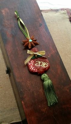 Pomegranate Good Luck Charm - Home Decor - 2016 - Wall Decoration - Hanging Ornament - Christmas Gift - Home Decor - New Year's - Γούρι Christmas Jewelry, Diy Christmas Gifts, Christmas Projects, All Things Christmas, Christmas Tree Wreath, Christmas Ornaments, Pomegranate Art, Good Luck Symbols, Jingle All The Way
