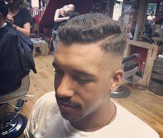Skin fade by @jw_ellis_ 🤘✂💈#fade #londonbarber #hair #classic #art #styling #instagood #gentleman #haircare #barberlife #barber #hairstyles #haircut #barbershopconnect #model #men #beard #barbershop #mensstyle #hairstylist #style #fashion #tattoo...
