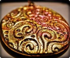 Decorative pendants made of polymer clay Diy Jewellery, Jewellery Display, Grease, Display Ideas, Polymer Clay, Pendants, Desserts, Blog, Crafts