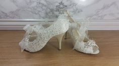 39a3d71296f Stunning Ivory satin Lace and crystal Vintage by ProjectElegance Vintage  Style Shoes