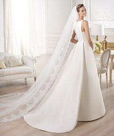 Pronovias vous présente la robe de mariée Yelibeth. Atelier Pronovias 2014. | Pronovias