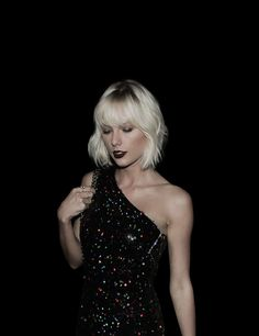 — Taylor Swift goth look hot Long Live Taylor Swift, Taylor Swift Pictures, Taylor Alison Swift, Ethel Kennedy, Role Models, My Idol, Going Out, Queens, Singer