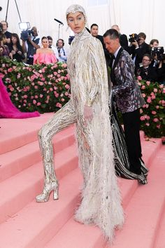 See what all the major celebrities wore on this year's Met Gala red carpet, including Kim Kardashian, Lady Gaga and more. Kendall Jenner, Kylie, Harry Styles, Gucci Dress, Versace Dress, Jeremy Scott, Lily Collins, Irina Shayk, Serena Williams