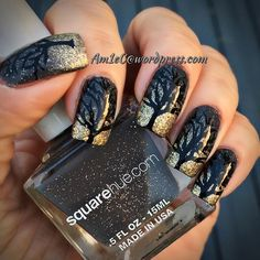 Hello October! Bring on creepy #nails and scary movies! This o tree reminds me of my fav #scarymovie #theblairwitchproject #theblairwitch #halloweenmani #octobernails #pueen #squarehue #zoyanailpolish #everydayzoya