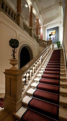 » Időpontfoglalás rövid határidővel ☼ Dr. Goodwin Központ Stairs, Home Decor, Stairway, Decoration Home, Room Decor, Staircases, Home Interior Design, Ladders, Home Decoration