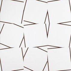 rerylikes:  Vera Molnar. 9 quasi carrés, 2010. Acrylique sur toile, 100 x 100cm