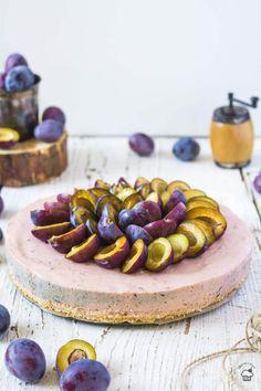 nepečený slivkový cheesecake Allrecipes, Baked Goods, Plum, Sausage, Sweet Treats, Cheesecake, Cupcakes, Baking, Sweets