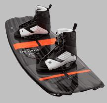 The Monarch series has become a staple in the Byerly wakeboard line. It's mellow, Blended 3-stage rocker and shorter molded-in fins allow the board to release quicker off the wake than previous shapes. The Monarch also features two removable Blunt fins which provide stability for beginner to intermediate riders and can be removed for a looser more advanced ride.
