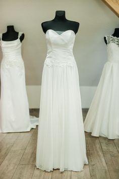 Daili vestuvinė suknelė