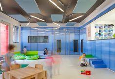Dale otro ambiente a tus proyectos, en #danpal te ayudamos. #danpalon #interiordesign #interiorismo #policarbonato #school #picoftheday #lightarchitecture #decor #blue #architect #architecturephotography