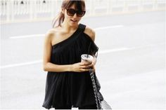 latest korean blouses gallery, discover thousands of the latest high street fashion women's latest . Korean Blouse, Korean Fashion Online, Chiffon Shirt, Street Style Women, Clothes For Women, Formal Dresses, Stylish, Street Fashion, Womens Fashion