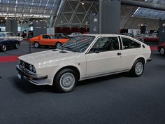 Alfa Romeo Alfasud Sprint, I used to have one of these gorgeous rust buckets!