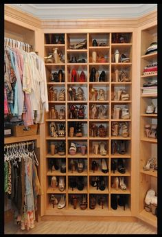 Walk in Closet with numerous clothes and shoes!