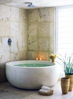 Bathroom Spa, Diy Bathroom Decor, Bathroom Styling, Bathroom Interior Design, Master Bathroom, Bathroom Ideas, Bathroom Mirrors, Concrete Bathroom, Bathroom Renovations