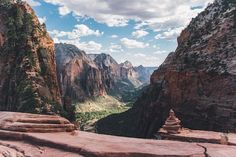 Plan an epic trip to Utah's Mighty 5 with this Utah National Parks road trip itinerary w/ tips on the best hikes, activities, camping & more. Mountain Pictures, Mountain Images, Us National Parks, Zion National Park, Escalante National Monument, Best Hikes, Plan Your Trip, Nature Photos, Tours