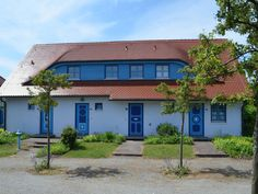 """Ferienwohnung """"Seebrise A 58"""" in Bakenberg Restaurant, Garage Doors, Pizzeria, Mansions, House Styles, Outdoor Decor, Home Decor, Country Stores, Renting"""