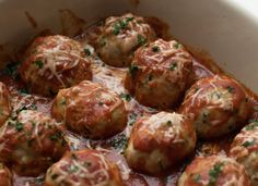 21 Day Fix Garlic Parmesan Turkey Meatballs (with Weight Watchers Points - Keto-friendly!) - Carrie Elle